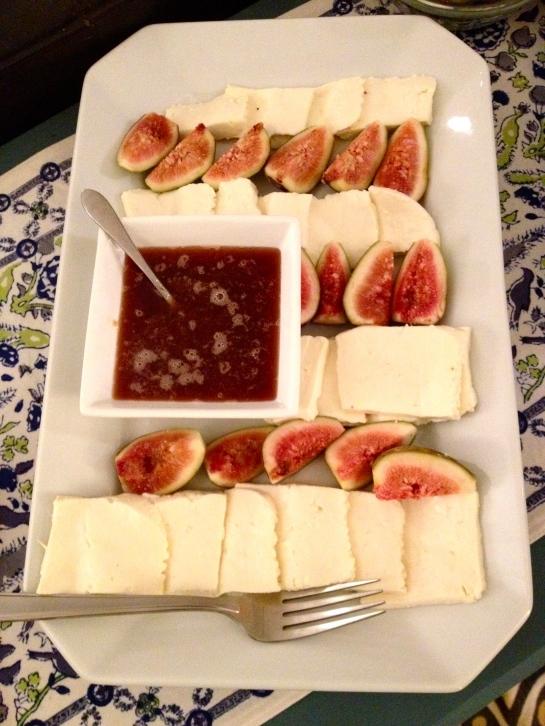 Figs & queijo minas.